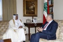 الرئيس السنيورة مستقبلا سفير قطر في لبنان علي بن حمد المري في زيارة وداعية